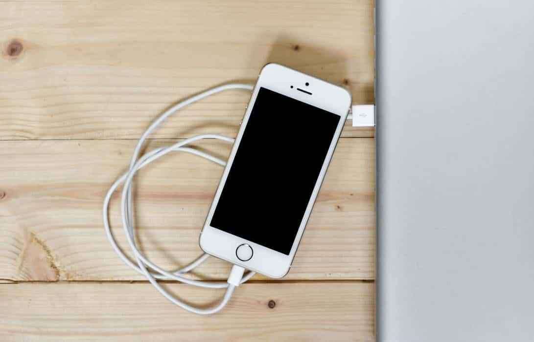 size 40 f1532 eaa7a Reasons why your iPhone won't charge - Why The Lucky Stiff