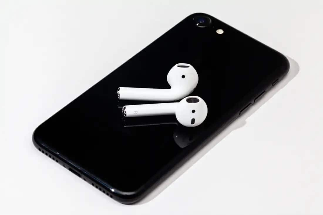 15 Best Wireless Earbuds For Iphone Xr To Buy In 2020 Why The Lucky Stiff